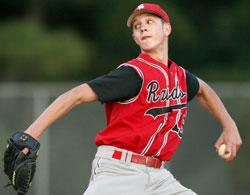 zach-horne-south-point-pitcher.jpg